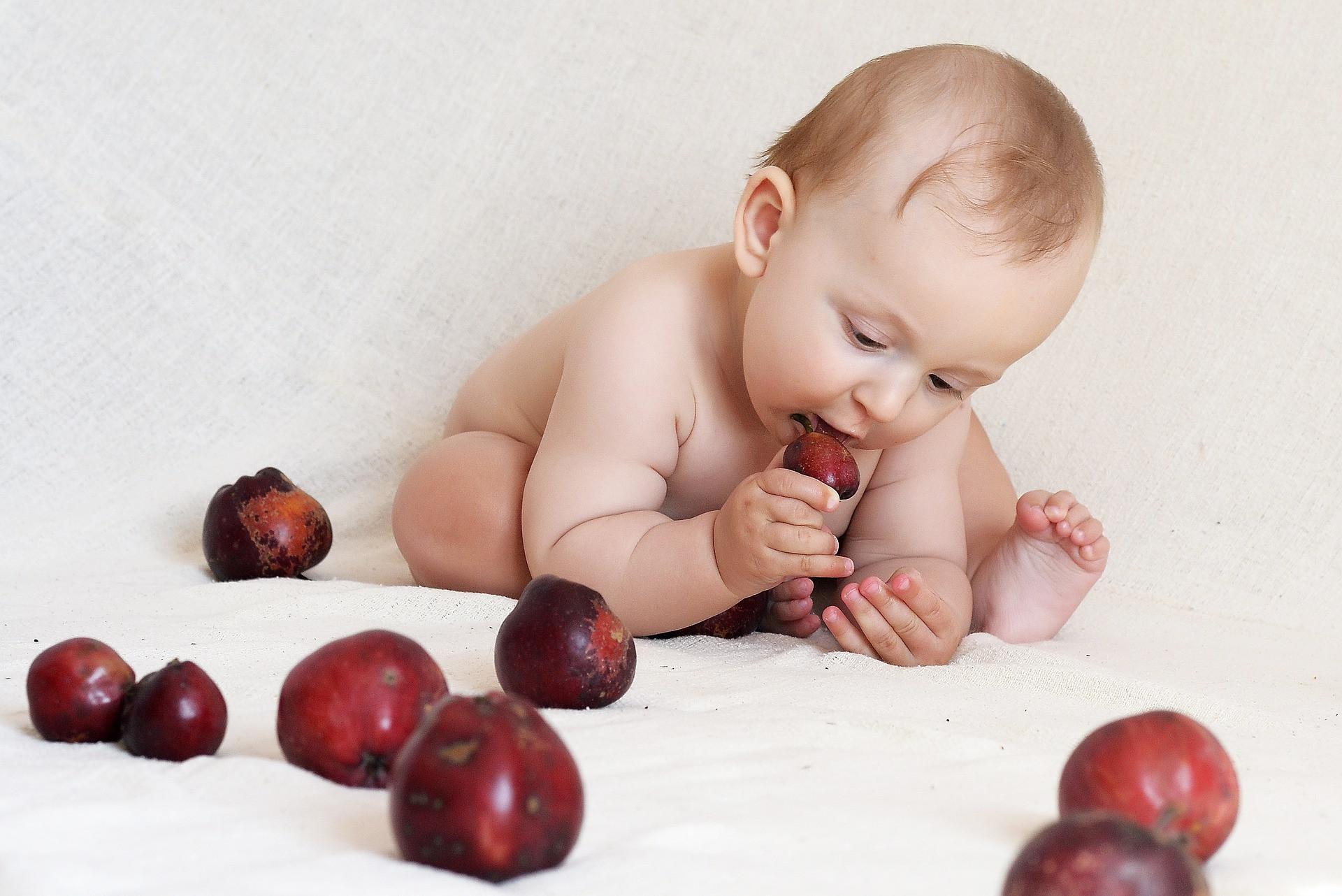 Méthode DME pour favoriser l'autonomie du bébé