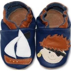 Chaussons cuir souple Pirate fond bleu
