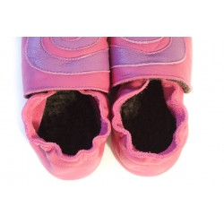 Chaussons cuir FOURRES adulte Spirale violette sur fond Rose