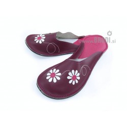 Chaussons cuir adulte fleurs fond violet
